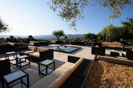 domaine la coquillade la coquillade demeure de prestige site oenotouristique cuisine. Black Bedroom Furniture Sets. Home Design Ideas